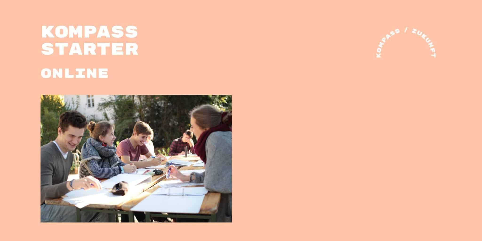 Jugendliche Gruppe lernt während der Kompass Zukunft Woche fürs Abi.